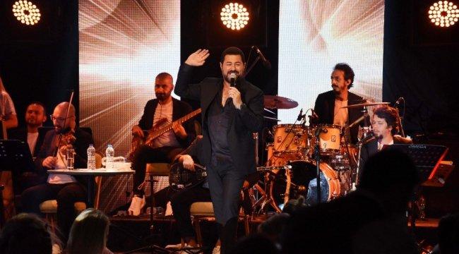 Bodrum'da Kurban Bayramı ünlü isimlerin verdiği konserlerle renklendi. ...
