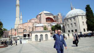 Cumhurbaşkanı Erdoğan: 105 milyar dolar rezervimizle dimdik ayaktayız,Türkiye dünden güçlü