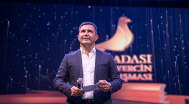Kuşadası Belediye Başkanı Ömer Günel, Altın Güvercin Beste Yarışması'na...
