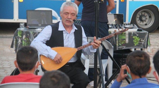 Türk Halk Müziği'nin usta ismi bestekar ve bağlama ustası sanatçı Ali O...