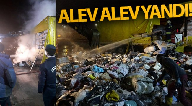 Bolu'da, park halindeki tekstil ürünü yüklü tırın dorsesi alev alev yandı