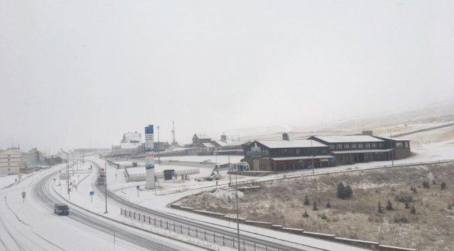 Türkiye'nin önemli kayak merkezlerinden birisi olan Erciyes Kayak Merke...