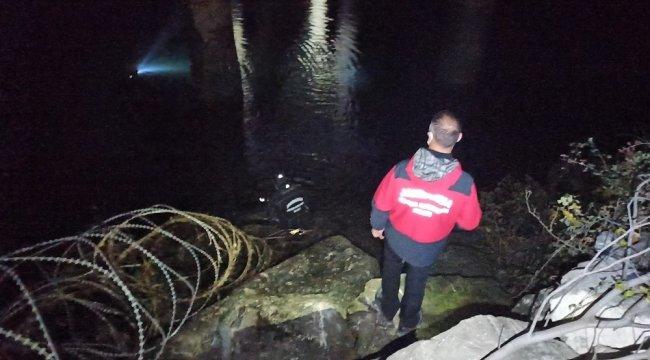 Samsun Bafra ilçesinde köprüden baraj gölüne atlayan atlayan kadın yapılan ...