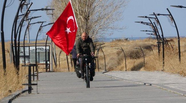 Türkiye'yi Avrupa ülkelerine tanıtmak için Almanya'dan gelerek yurd...
