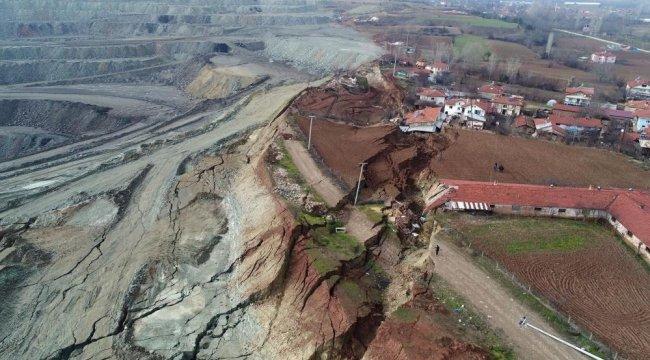 Bolu'nun Göynük ilçesinde termik santralin kazı çalışmaları sırasında m...