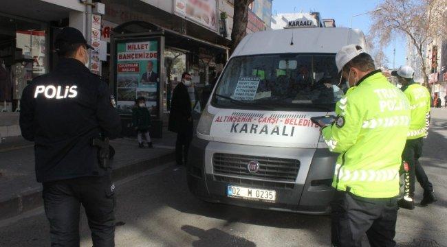 Adıyaman İl Emniyet Müdürlüğüne bağlı polis ekipleri tarafından yolcu otobü...