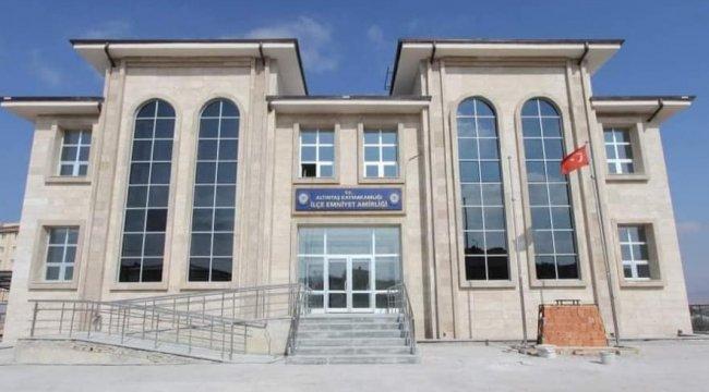 Kütahya'nın Altıntaş ilçesinde yapımı tamamlanan emniyet binasının hizm...
