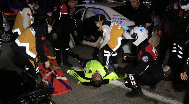 Adana'da trafik polisleri uygulama noktasında durmayıp kaçan otomobili ...