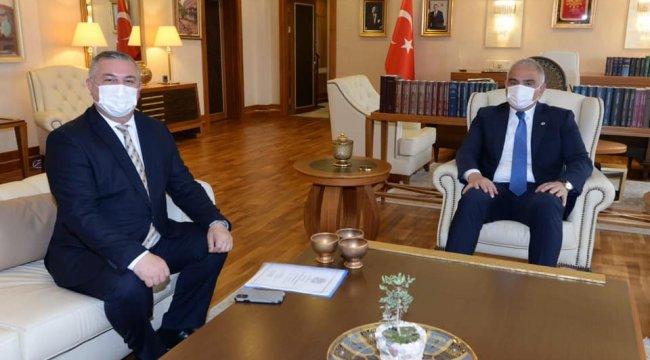 Çanakkale'nin Geyikli Belediye Başkanı Mevlüt Oruçoğlu, beldede sondajı...