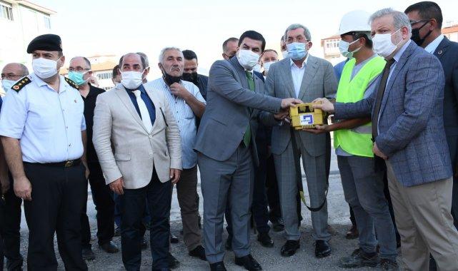Karabük Belediyesi Başkanı Rafet Vergili, üçüncü dönem projeleri kapsamında...
