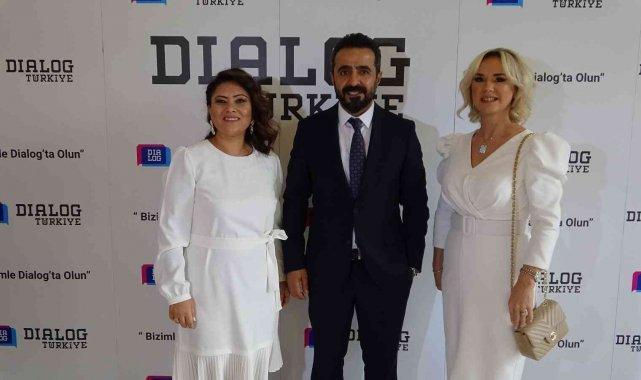 Dialog Türkiye'nin dünyaya açılacağını ifade eden Dialog Türkiye Eş Baş...
