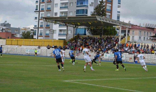 TFF 3. Lig 1. Grup maçında Osmaniyespor FK, evinde grup lideri Arnavutköy B...